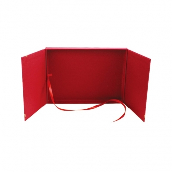 Box With Ribbon Closure