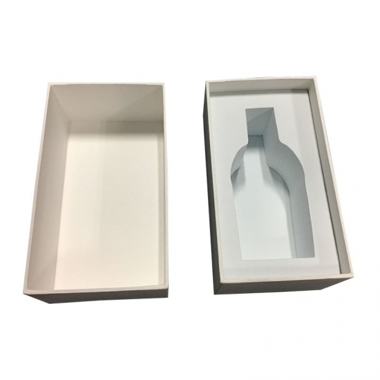White Coloured Gift Boxes with Lids